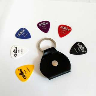 Leather Key Chain pick Holder With 6pcs picks