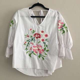 3mongkis Embroidery top