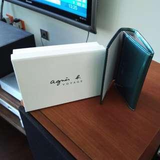 Agnes b綠色光身咭片套