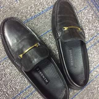 Mendrez Black Loafers