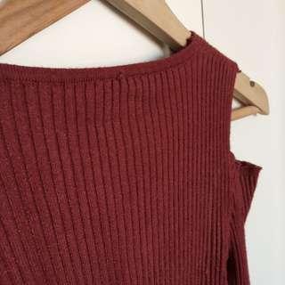 Lady's Top Long Sleeves 全新女裝韓風修身露肩橙紅色上衣 長袖 直紋 V領 露膊