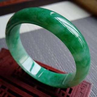 57圈口57.5*14.5*7.6mm特惠冰糯種芙蓉綠寬邊手鐲。完美無紋裂,編號0130