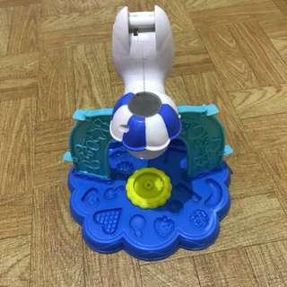 playdoh molder