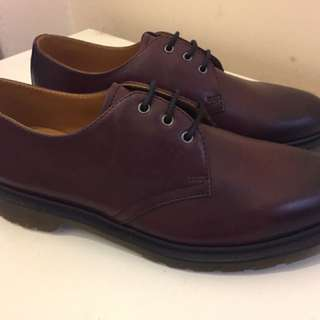 Dr martens US 9 cherry 3 eye Euro 42