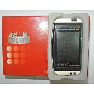 全新有盒 SONY 1GB Game MP4 Player 可拍圖拍片 3吋螢幕 原價過千