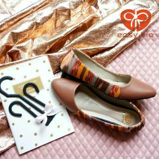 Flat Shoes Andrea Tenun Coklat