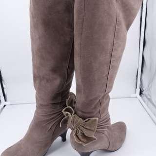 pura bianca 麂皮咖啡色長靴