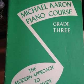 Selling Michael Aaron Piano Course Book