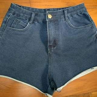 牛仔彈性短褲