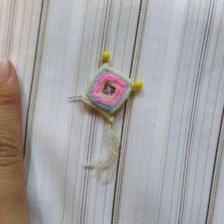 Miniature pin dreamcatcher