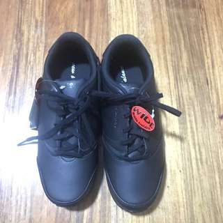 New Balance - Black Rubber Shoes (Class A)