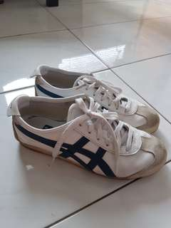 Authentic Onitsuka Tiger White 24.5 cm