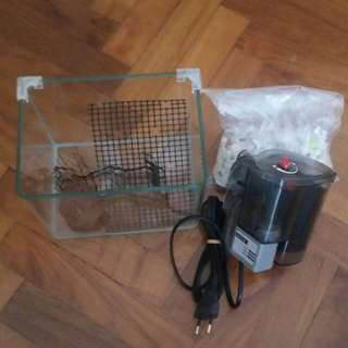 Ocean Free Fish Tank Filter with a small tank 18cm x 13cm x 15cm