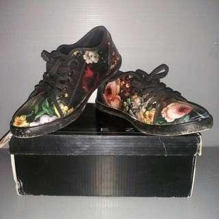 Ezra Zalora Shoes