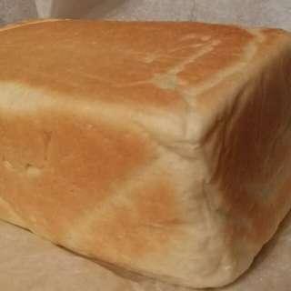 一斤吐司白麵包