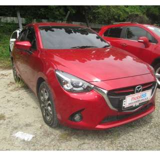 2015 Mazda 2 R HB Sky Active AT Merah Metalik
