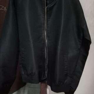 Eugene bomber jacket (black)