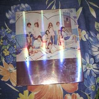 Twice 4th Mini Album - Signal (Pink Version)