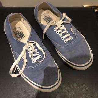 VANS - Authentic Classic Skate Shoes - Blue - Mens sneakers