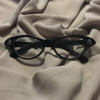 Pinup Style Cat Eye Glasses