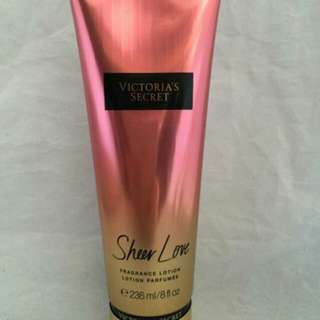 VICTORIA'S SECRETION BODY LOTION
