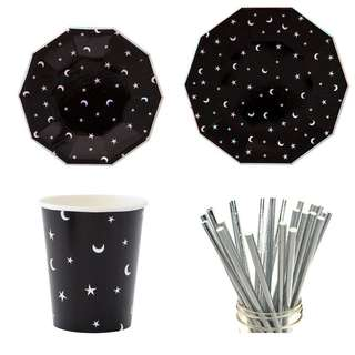 * Black Star and Moon Party Serveware Package ( 8 X 7″ Small Plates, 8 X 9″ Large Plates, 8 X Cups, 25 X Silver Straws)