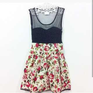 Dress Flower (PREWASH LIKE NEW)