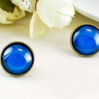 👑糖果色復古時光寶石磁鐵耳環(一對) 藍色 無耳洞耳環 免耳洞耳環 銅板價 飾品 禮物 送禮自用