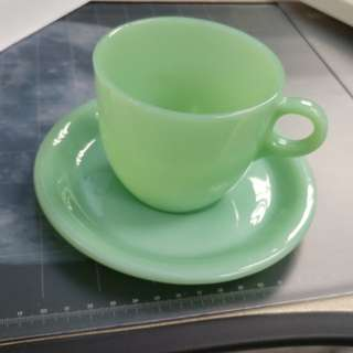 Fire King jadeite vintage extra heavy tea cap & saucers. Made in USA