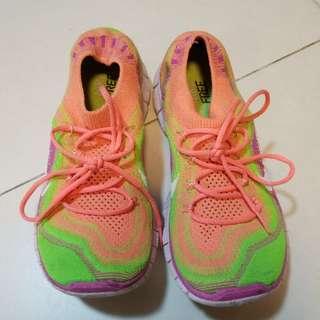 Nike Free 運動鞋
