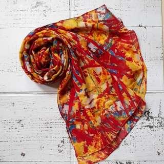 Pashmina abstrak merah kuning
