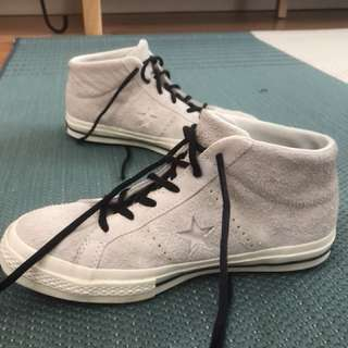 Converse Star Mid Tops