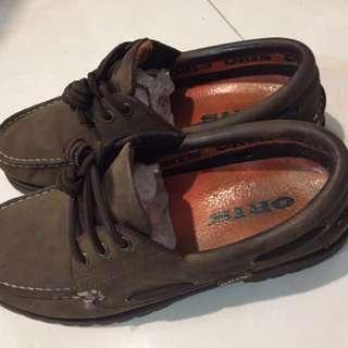 🚚 ORIS駝色雷根鞋