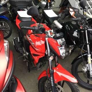 Yamaha FZN150 red