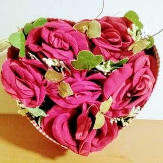 靚靚玫瑰花盒 ~可送禮或作 枱上裝飾物