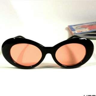 kacamata neutron kekinian