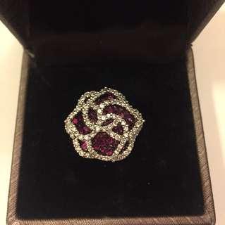 Very pretty ring