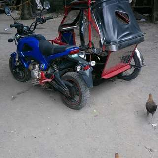 Rusi gremlin with sidecar