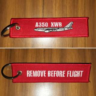 Airbus A350XWB 'Remove Before Flight' Keychain