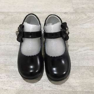 BN black shoes for girls