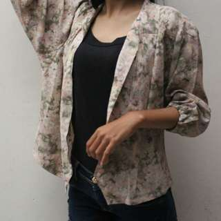 Floral Outer / Thirft Fashion