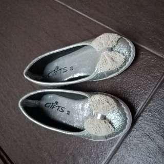 Shining shoes for girl