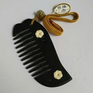 Antique, vintage Nyonya Melaka Comb