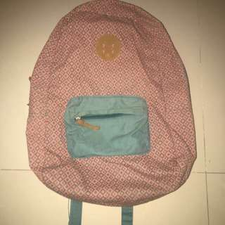 Tas ransel cotton on