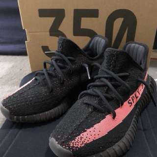 Yeezys Red V2 size 6