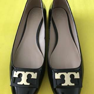 Tory Burch Pump Shoes (Almost NEW, with receipt)