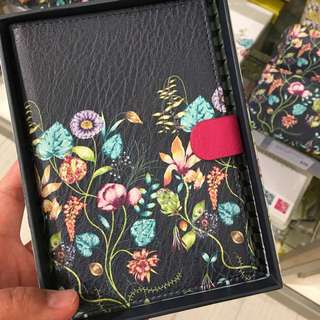 [preorder] Harlequin travel wallet