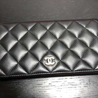 Chanel 100%真95%新 ($4000—-》$3000)