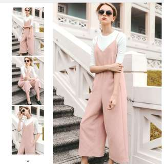 BNWT Orleans Jumpsuit in Pink - Size M
