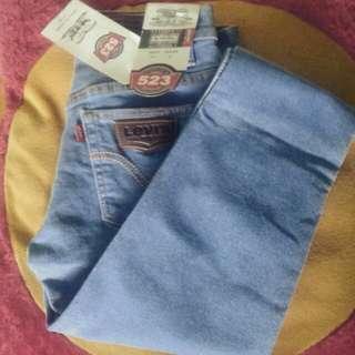 Celana jeans warna baby blue jeans
